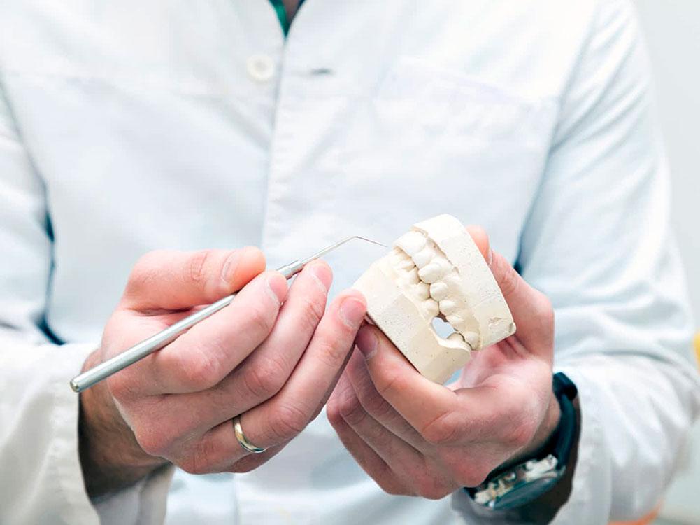 Prótesis dentales, tipos y características